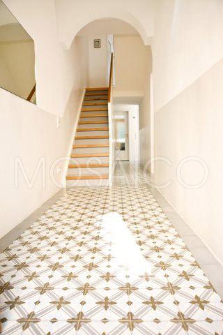 zementfliesen_mosaico_koeln_haus_eingangshalle_4192_1