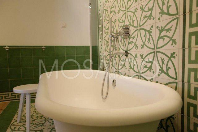 zementfliesen_mosaico_lech_am_arlberg_hotel_badezimmer_1948_03