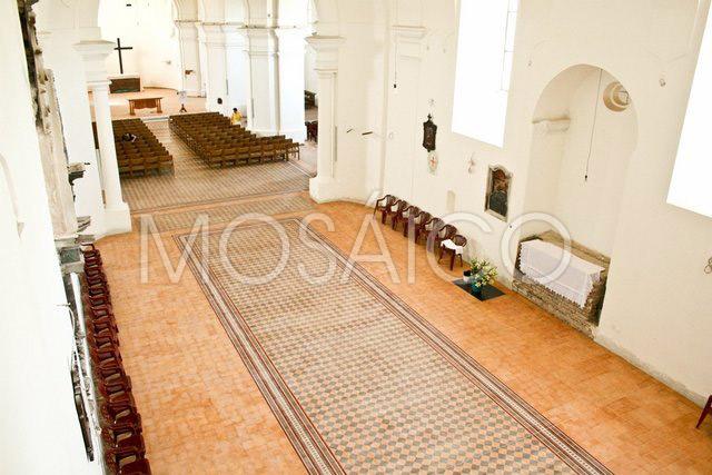 zementfliesen_mosaico_vukovar_kirche_public_5102_5