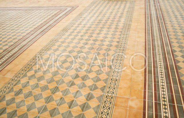 zementfliesen_mosaico_vukovar_kirche_public_5102_7